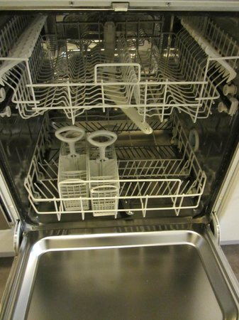 Alto Hotel on Bourke: Full dishwasher - again, spotless!