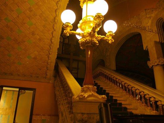Palau de la Musica Orfeo Catala: particolare scala che porta al sospensorio