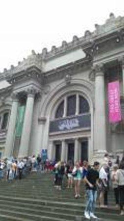 Metropolitan Museum of Art : met