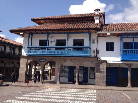 Plaza de Armas Cusco Hotel: el hotel visto desde afuera