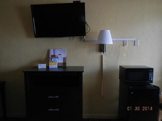 Econo Lodge Brookhollow: Room Interior