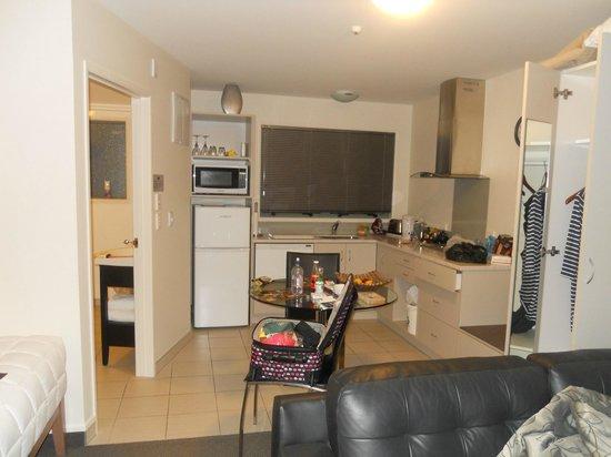ASURE Jasmine Court Motel: Kitchen area