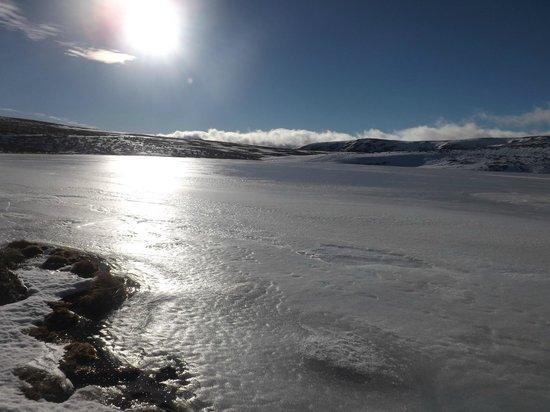 Parque Natural Lago de Sanabria: laguna helada