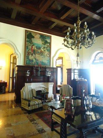 Mansion Xanadu: Interior