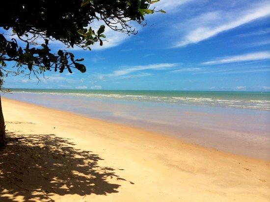 Calambriao Beach