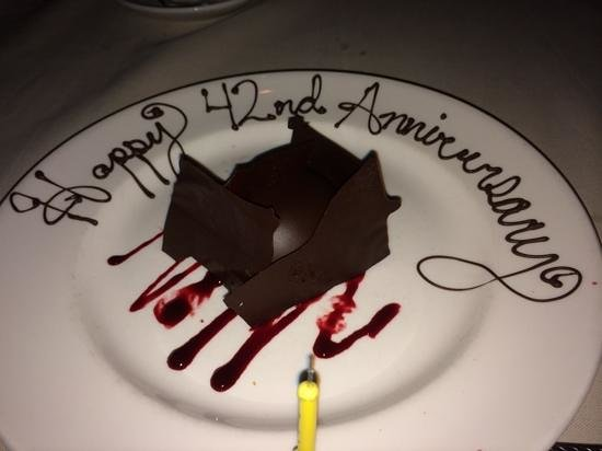 Gaylord Texan Resort & Convention Center: Anniversary dessert on the house.