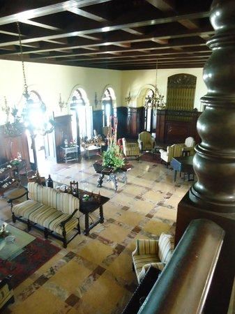 Mansion Xanadu: View from stairwell
