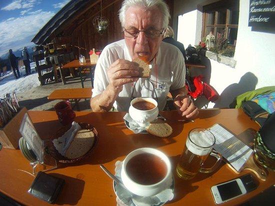 Pension Krinserhof: lunch at Roshutte