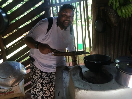 Tauro Tours: Dominican Kitchen