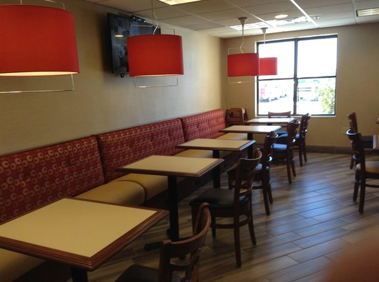 BEST WESTERN PLUS Peoria: Dining Area