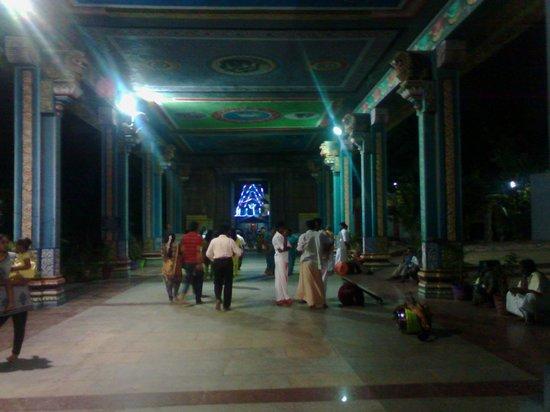Marundeeswarar Temple : Entrance hall-Muralitharan photo