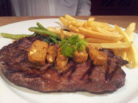 L'attitude Restaurant: Steak with L'Attitude Steak Butter