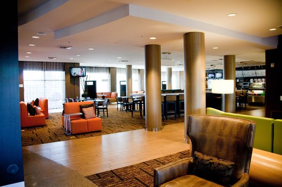Courtyard by Marriott Scottsdale Salt River : lobby
