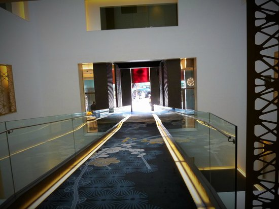 Mandarin Oriental, Barcelona: looking out from reception
