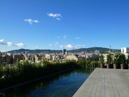 Mandarin Oriental, Barcelona: view form the pool deck on 4th floor