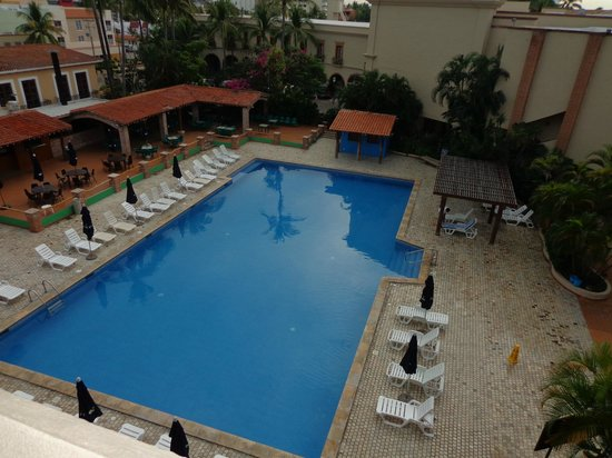 Hotel Playa Mazatlan: OUR VIEW FROM OUR ROOM