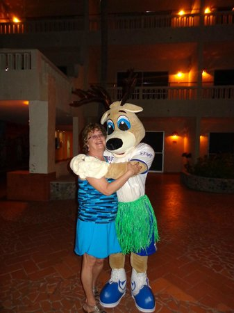 Hotel Playa Mazatlan: ME AND THE HOTELS MASCOT
