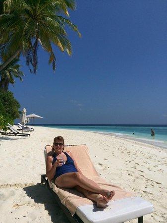 Park Hyatt Maldives Hadahaa : Park Villa beach