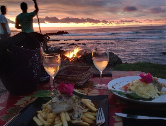 Te Moana: Sunset dinner