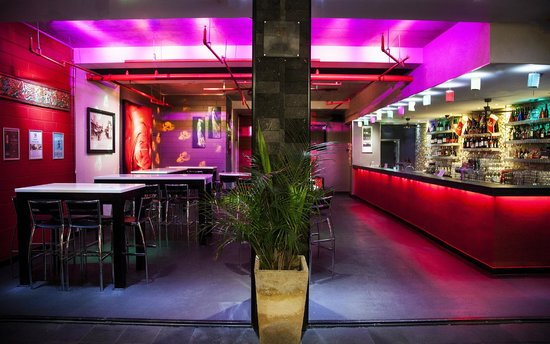 Bar 138 on barrack Pub Cafe Wine Bar