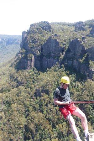 High 'n Wild Mountain Adventures : me over the edge at the Blue Mountains, Katoomba Australia