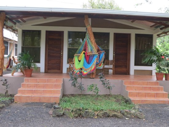 Xalli Ometepe Beach Hotel: Shared porch between rooms 1 & 2