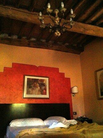 Antica Residenza Santa Chiara B&B: quarto