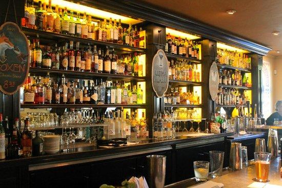 Underwood Bar & Bistro: Historial bar