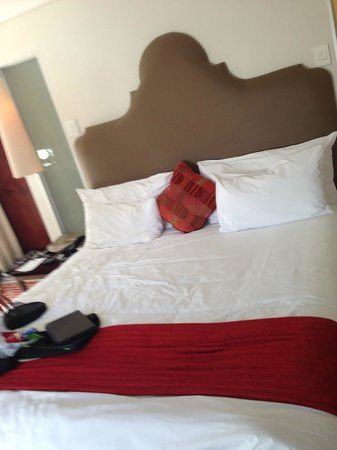 Victoria & Alfred Hotel : Bed