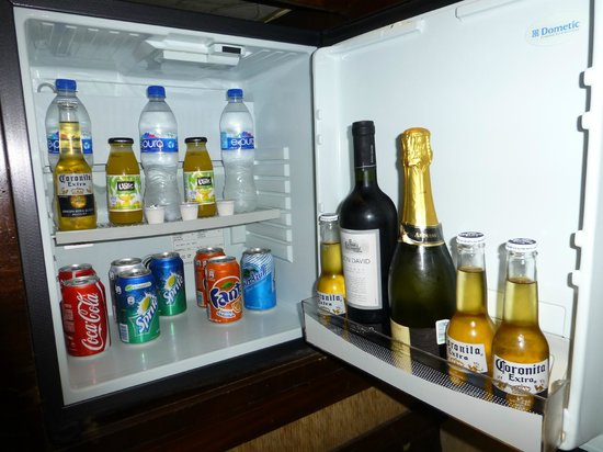 Marquis Los Cabos All-Inclusive Resort & Spa: mini-fridge stocked with assorted beverages