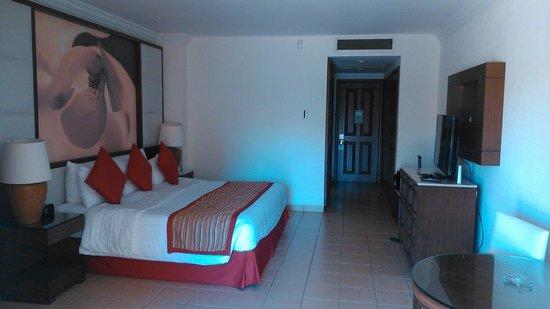 Royal Solaris Los Cabos: Room