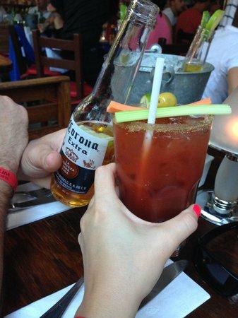 Los Tabernacos Sports Bar and Lounge : Enfin un vrai bloody Cesar