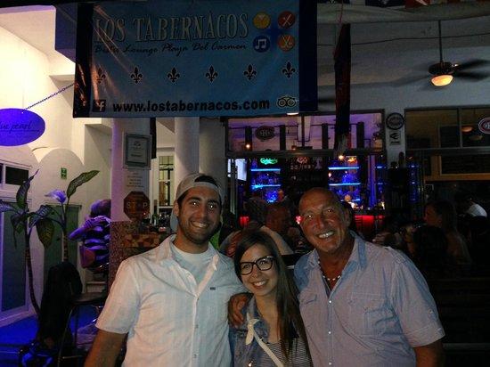 Los Tabernacos Sports Bar and Lounge : Avec notre ami Bob