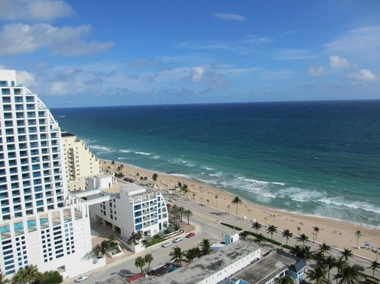 Hilton Fort Lauderdale Beach Resort: view from our room