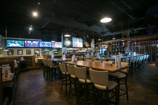 Restaurants Near Hilton Meadowvale