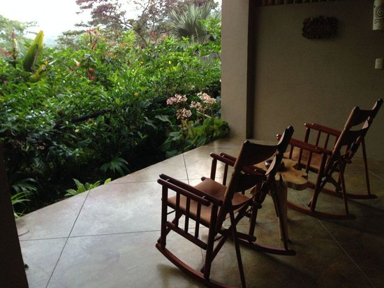 Lost Iguana Resort & Spa: Private back porch with beautiful view of the volcano
