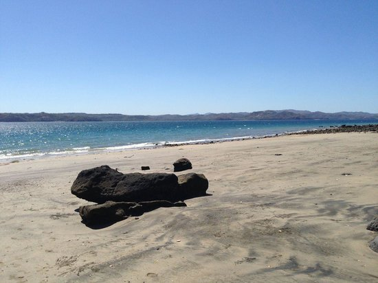 Andaz Peninsula Papagayo Resort : Beautiful sandy beaches