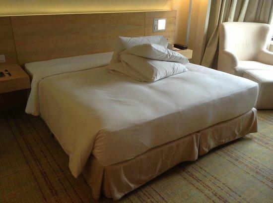 DoubleTree by Hilton Kuala Lumpur: Bedroom