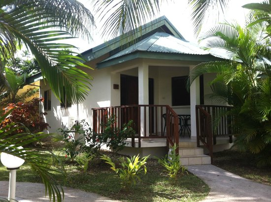 Tradewinds Villas: Studio Bungalow