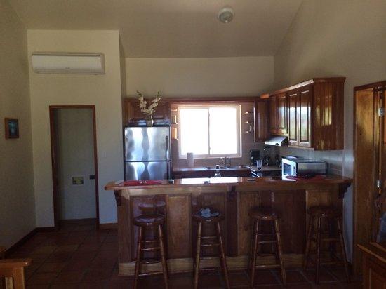 Sapphire Beach Resort: Beach front kitchen view