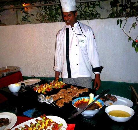 Hotel Sunrich: BBQ