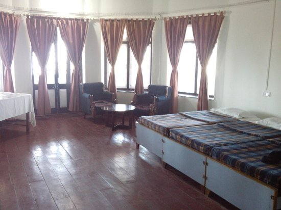 Hill Top Tourist Lodge: one of the front side rooms at lst floor