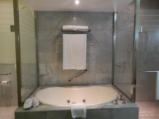 Iberostar Grand Rose Hall : tub