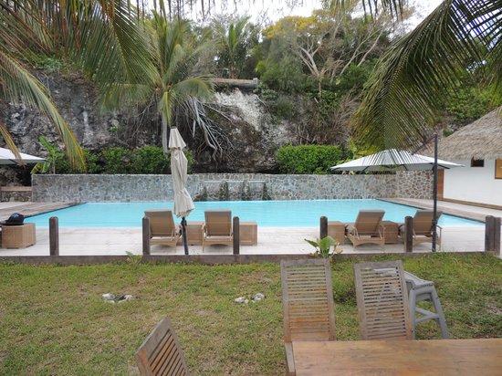 Hotel Paradis D'Ouvea: Piscine