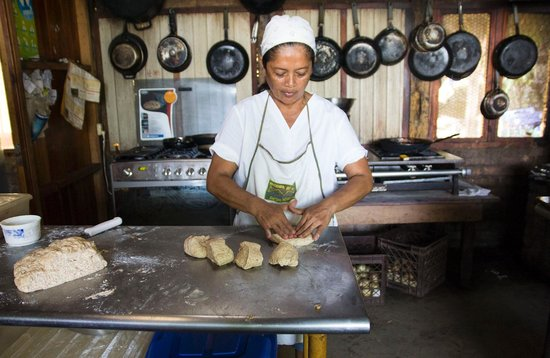 Hacienda Merida: DELICIOUS whole grain bread made being made here and served at breakfast & dinner buffet!