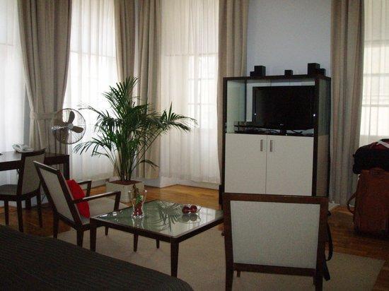Deluxe room bild fr n domus balthasar design hotel prag for Domus balthasar