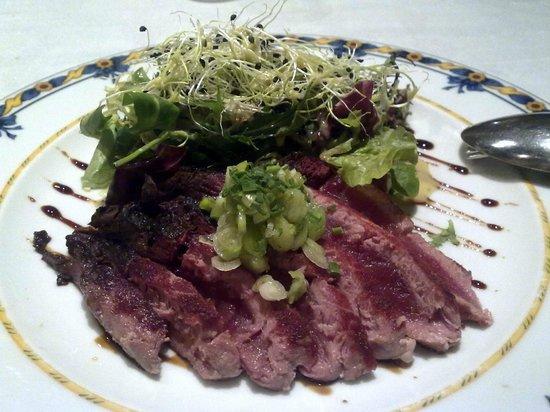 La Corrada del Obispo: Tataki de atún con ajos tiernos y soja