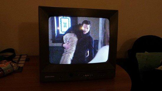 Monopole de la Gare: old fashion television