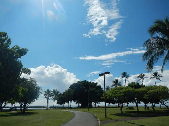 Ala Moana Beach Park: 落ち着いて過ごせます。