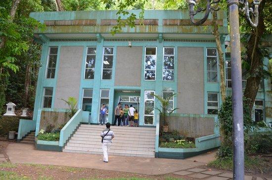 The Rizal Shrine: Haus